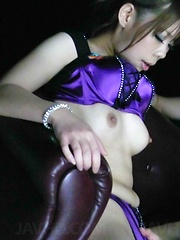 Sakura Aragaki in purple lingerie got her pink flower fingered