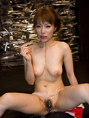 Kaede Kyomoto toys herself and sucks cock