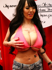 This is no ordinary set of convention shots... these are from this year's 2015 AVN convention in Las Vegas, and feature one of the most amazing a